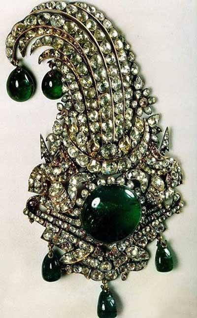 جواهرات ملی ایران / جقه ی نادری