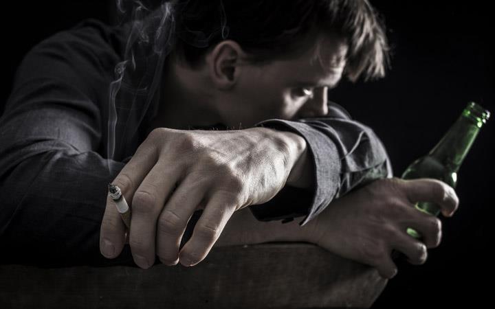 اعتیاد عامل طلاق