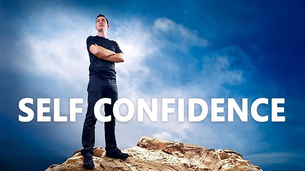 اعتماد به نفس یعنی خود را آماده هر کاری دیدن