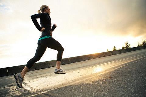 ورزش کردن با برنامه مکمل اصلی تناسب اندام است.