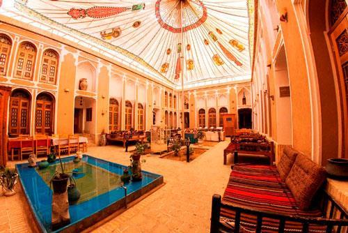 نمای داخلی هتل های  ورستوران های سنتی شهر یزد