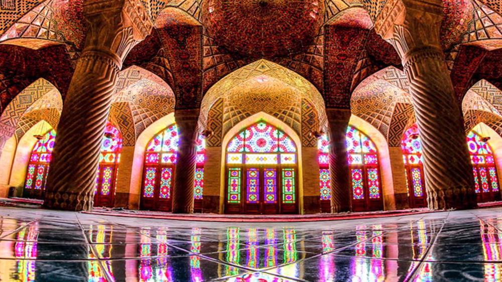 مسجد نصیرالملک واقع در شهر شیراز
