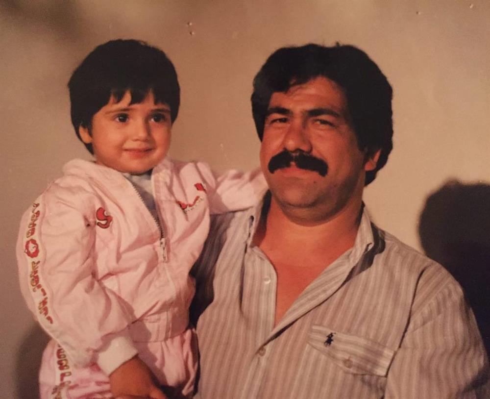 عکس کودکی باران کوثری و پدرش جهانگیر کوثری