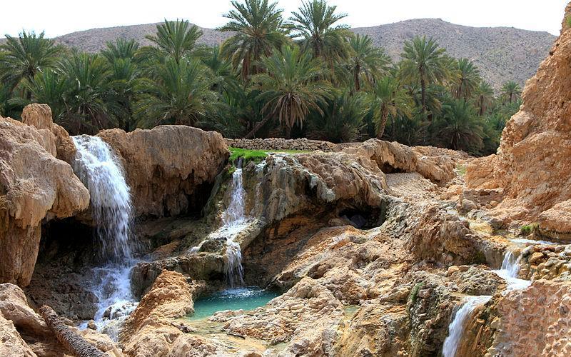 چشمه آبگرم گنو در بندر عباس