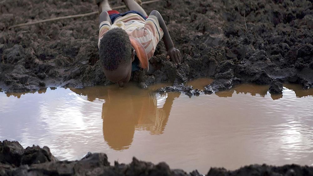 عدم صرفه جویی در مصرف آب برابر است با ایجاد مانع در حال و آینده برای رفاه فرزندانمان