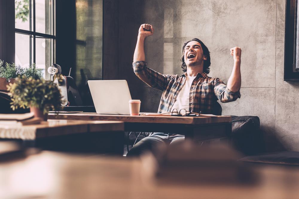 خوشحالی کارمند در محیط کار
