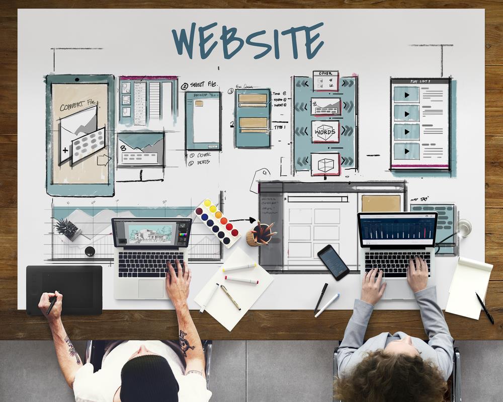داشتن یک وب سایت خوب و قوی