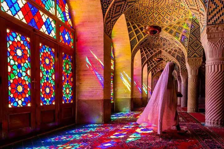 مسجد نصیرالملک شیراز از زیباترین مساجد ایران