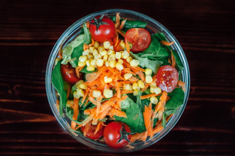 بیشتر افراد از سبزیجات بعنوان یک جایگزین و یا مکمکل غذایی کم کربوهیدرات در رژیم غذایی خود استفاده می کنند